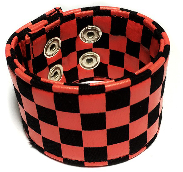 KARO CHECKERBOARD ARMBAND